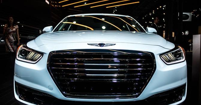 """""""Khám phá"""" Genesis G90, mẫu xe sang mới nhất của Hyundai"""