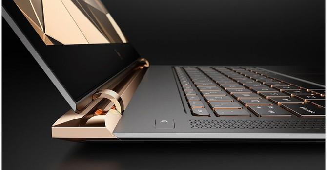 HP vượt Apple, ra mắt laptop mỏng nhất thế giới