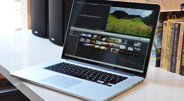 """""""Đọ giá"""" 5 mẫu laptop đắt nhất tại Việt Nam hiện nay"""