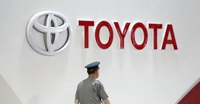 """Toyota """"ế xe"""", cắt giảm 800 công nhân ở Thái Lan"""