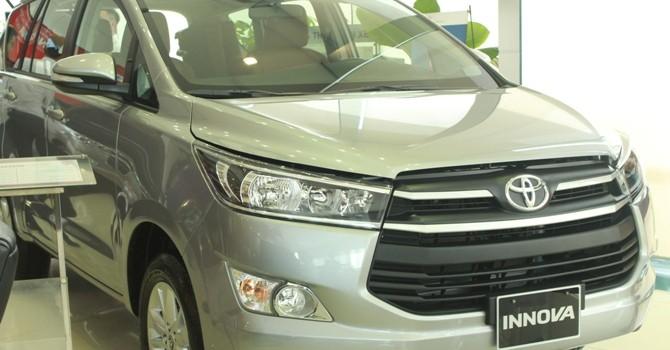 Công nghệ 24h: Toyota lộ bản thử nghiệm Innova mới
