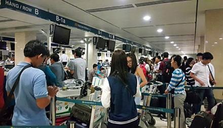 Ngân hàng lập tức khóa thẻ, vá lỗ hổng sau vụ Vietnam Airlines