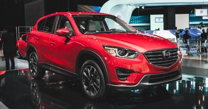 Mazda CX-5 giảm giá xuống 1 tỷ, cạnh tranh với Hyundai Tucson