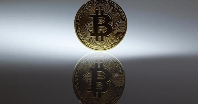 Goldman Sachs: Bitcoin sẽ tăng thêm 500 USD nữa trước khi mất 1/2 giá trị