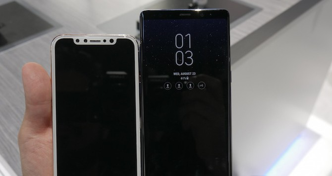 So sánh Note 8 và mô hình iPhone 8