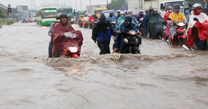 Mưa to kết hợp triều cường, Nam Bộ nguy cơ ngập lụt trên diện rộng