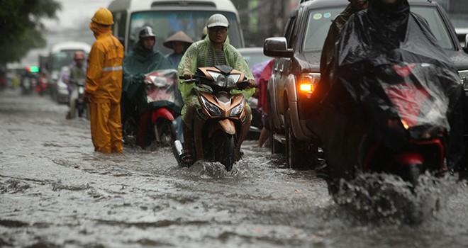 Thời tiết hôm nay 9/10: Trung Bộ mưa lớn do ảnh hưởng của áp thấp nhiệt đới