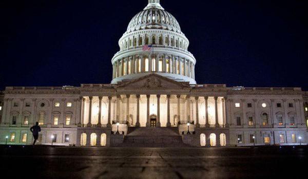 Thượng viện Mỹ thông qua dự luật cải cách thuế lớn nhất 3 thập kỷ của Tổng thống Trump