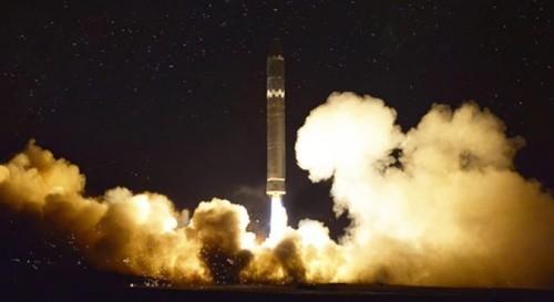 Hàn Quốc đánh giá Triều Tiên chưa hoàn thiện công nghệ tên lửa hạt nhân