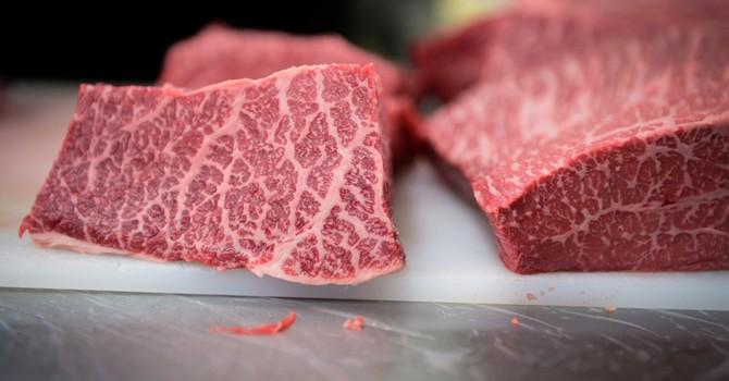 Người Việt chi tới 527 triệu USD nhập khẩu thịt ngoại