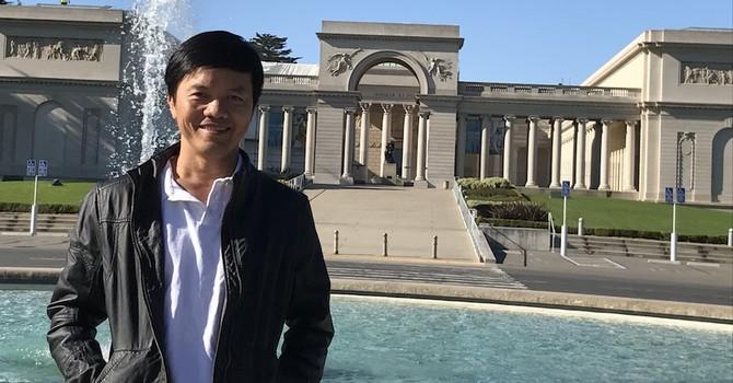 """[BizSTORY] CEO Real Time Robotics Inc: Từ cậu bé nhặt rác tới """"cha đẻ"""" Drone Việt"""