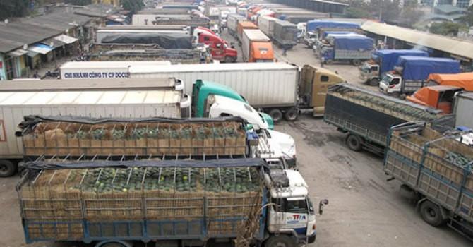 Ùn tắc hàng trăm xe dưa hấu tại cửa khẩu Tân Thanh: Đến hẹn lại lên?