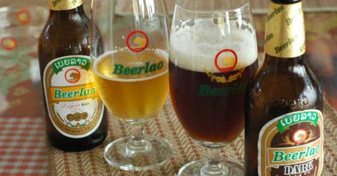 Bia rượu, thuốc lá ngoại ồ ạt vì tăng thuế tiêu thụ đặc biệt?