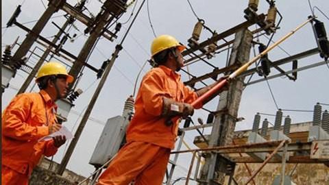 Giá điện đồng mức, người nghèo phải trả cho người giàu?