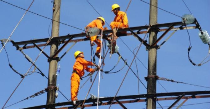 """Chuyên gia Fulbright: """"Tính lại giá điện, người giàu được lợi hơn"""""""