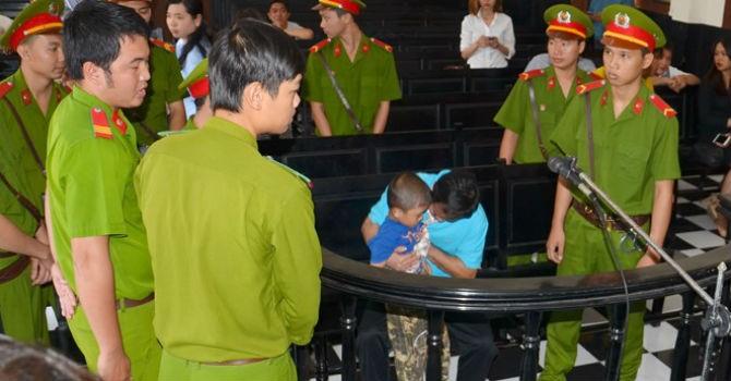 """Vụ """"con ruồi 500 triệu"""": Gia đình ông Võ Văn Minh hy vọng ở cấp phúc thẩm"""