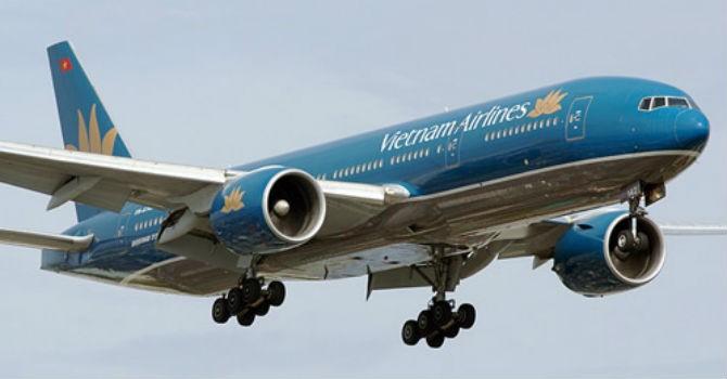 Máy bay Vietnam Airlines bay vào Bình Định, hạ cánh xuống Khánh Hoà