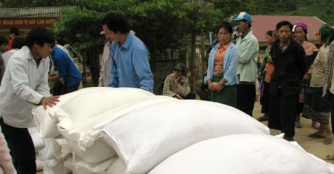 Tiếp tục hỗ trợ hơn 5.000 tấn gạo cho 6 tỉnh