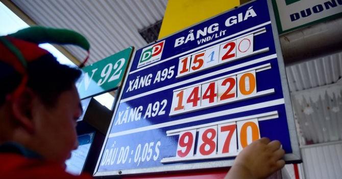 Thị trường 24h: Thuế, phí chiếm 54,7% giá xăng dầu