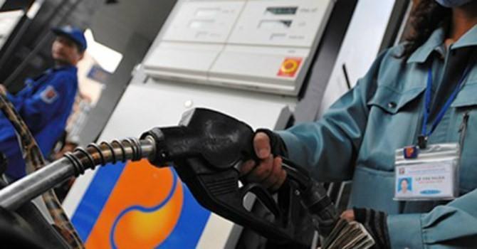 Giá xăng tăng hơn 600 đồng/lít từ 3 giờ chiều nay