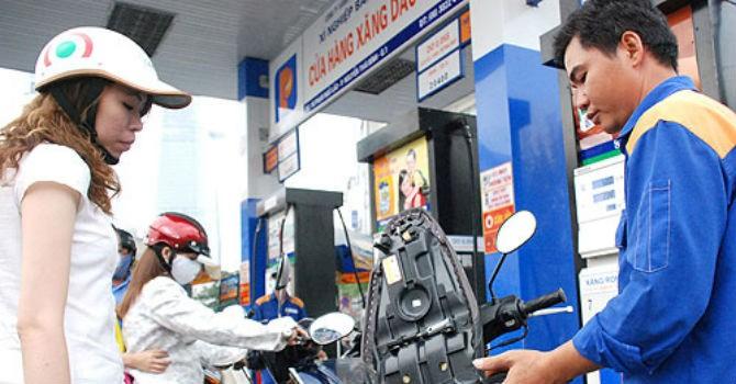 Giá xăng có biến động khi doanh nghiệp kêu lỗ 600-700 đồng/lít?