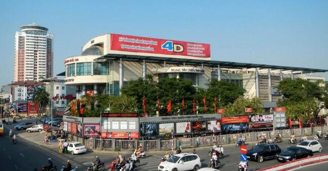 Thị trường 24h: Rạp nhà nước không cạnh tranh nổi quán cà phê chiếu phim
