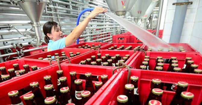 """Nhà nước sẽ thoái vốn khỏi 2 """"ông lớn"""" ngành bia Sabeco, Habeco"""
