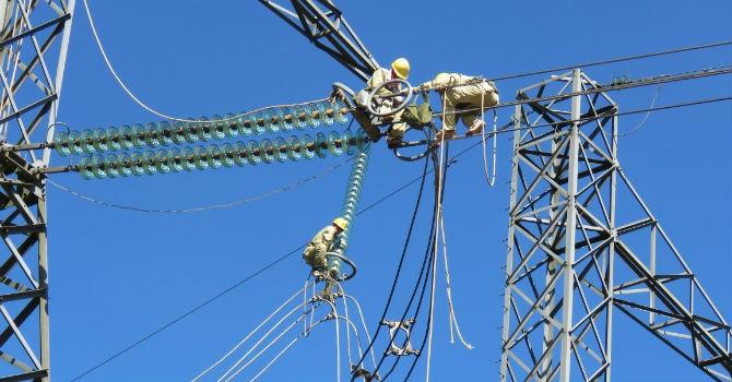Đại tu đường dây 500 kV Nho Quan - Hà Tĩnh 1 vượt tiến độ