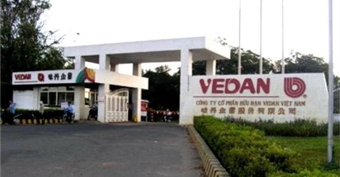 """Vedan """"rất bất ngờ"""" vì phải ký hợp đồng với TKV mới được nhập than"""