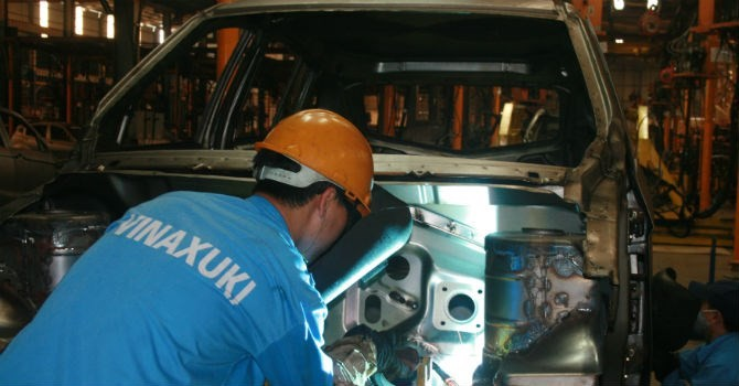 """Thị trường 24h: Người thất bại với """"giấc mơ ô tô Việt"""" nói gì về kế hoạch của Vingroup?"""