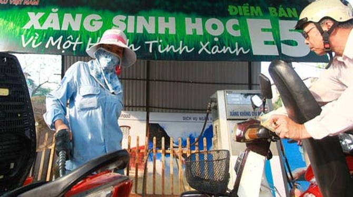 Hà Nội: 100% xe công phải sử dụng xăng E5 từ 2016