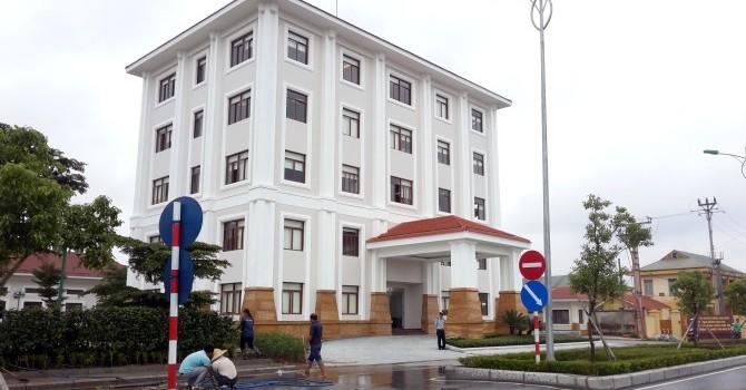 Nhiều sai phạm, Hà Nội yêu cầu ngừng thi công sân golf Long Biên