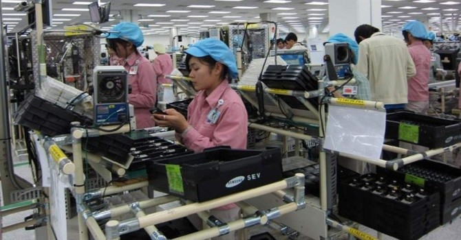Xuất nhập khẩu 6 tháng: TP. Hồ Chí Minh lọt top 5 nhập siêu