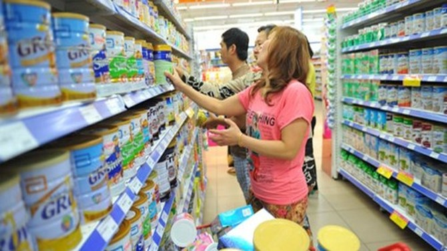 Vì sao chỉ áp trần giá 25 sản phẩm trong số hàng trăm mặt hàng sữa?