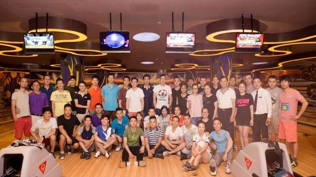 Vinpearl Land Royal City tổ chức giải Bowling mùa hè