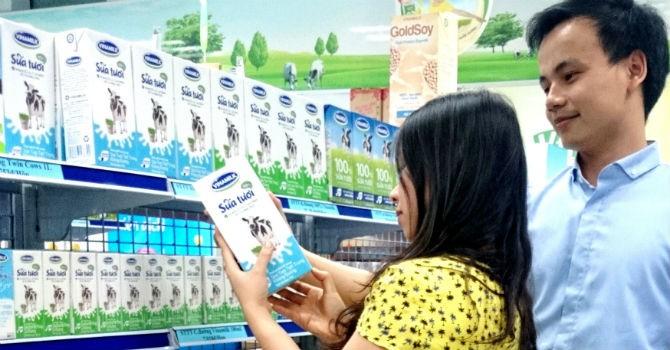 Sữa tươi tiệt trùng của Vinamilk đạt thương hiệu vàng thực phẩm Việt Nam 2014