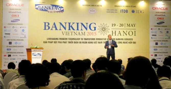 Chi phí phát hành thẻ thanh toán ở Việt Nam đang quá cao