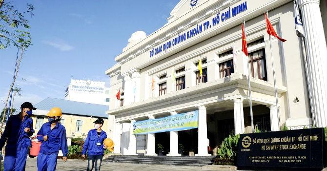 Phó chủ tịch UBCKNN: Cần có sự bao dung với thị trường chứng khoán