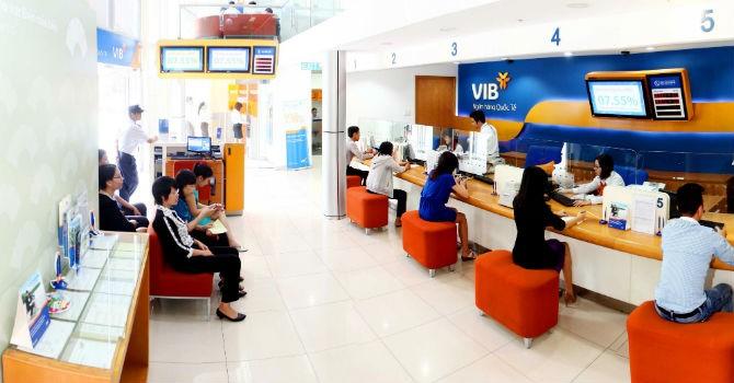 Thanh toán và in vé tàu Tết tại 154 điểm giao dịch của VIB trên toàn quốc