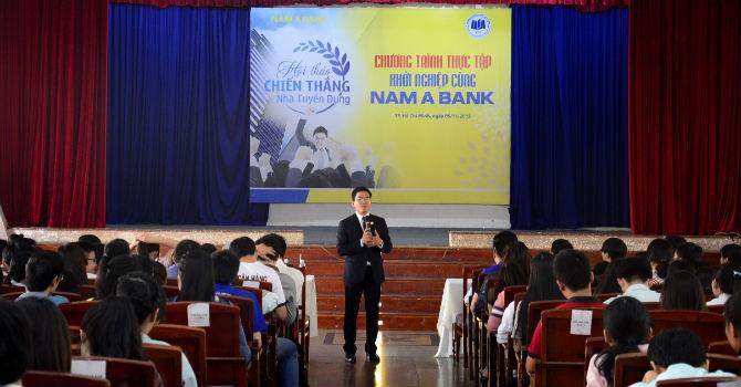 """Nam A Bank tổ chức Hội thảo """"Chiến thắng nhà tuyển dụng"""""""