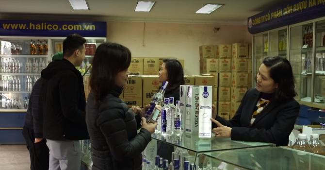 Doanh nghiệp chủ động chống rượu giả nhằm bảo vệ người tiêu dùng