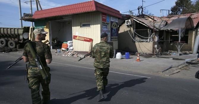 "Lực lượng an ninh Ukraine tiếp tục ""càn quét"" Slavyansk"