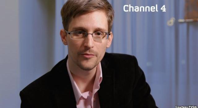Snowden tuyên bố từng bí mật làm việc cho CIA ở nước ngoài