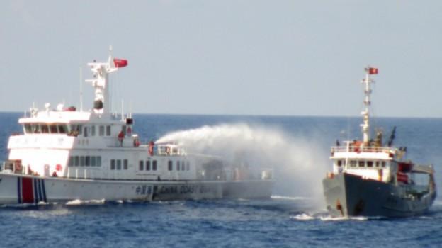 """Mỹ, Nhật """"bày tỏ quan ngại"""" sau vụ Trung Quốc đâm chìm tàu cá Việt Nam"""