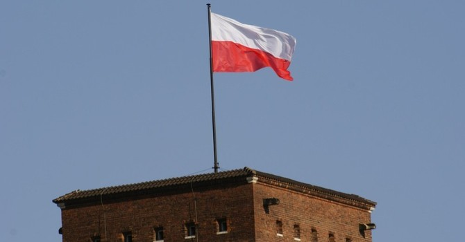 Ba Lan muốn theo dõi Nga từ trên cao
