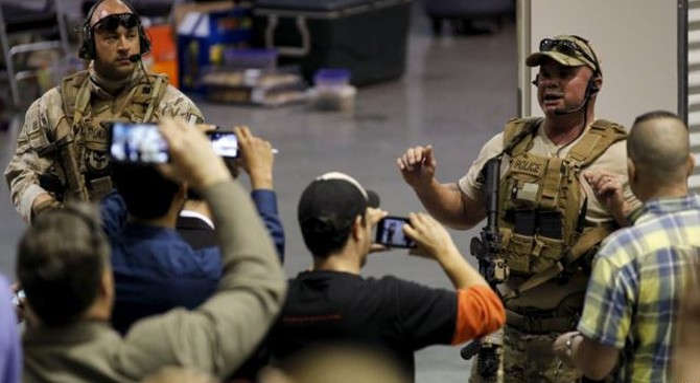 Nổ súng tại triển lãm tiên tri Muhammad ở Texas