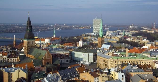 Tàu chiến Nga đến gần lãnh hải Latvia?