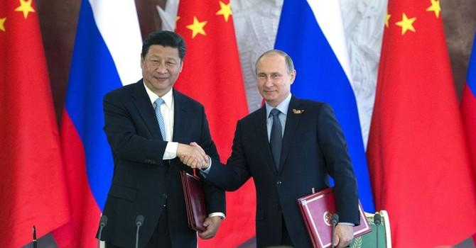 """Nga và Trung Quốc thỏa thuận kết nối """"Con đường tơ lụa"""""""