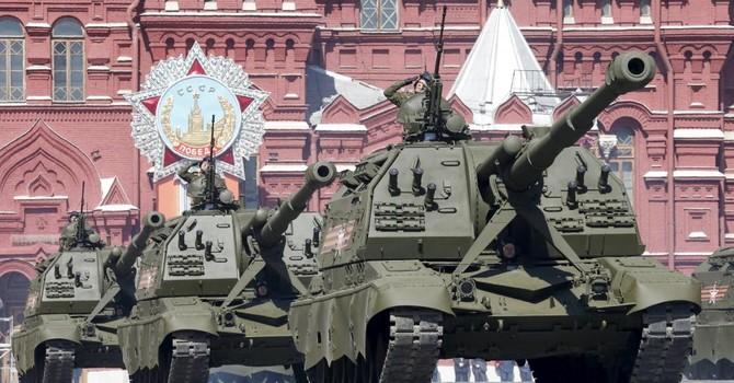 Lễ mừng chiến thắng hoành tráng của ông Putin