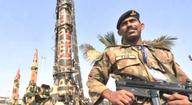 Vì sao Saudi Arabia quyết mua bom nguyên tử của Pakistan?